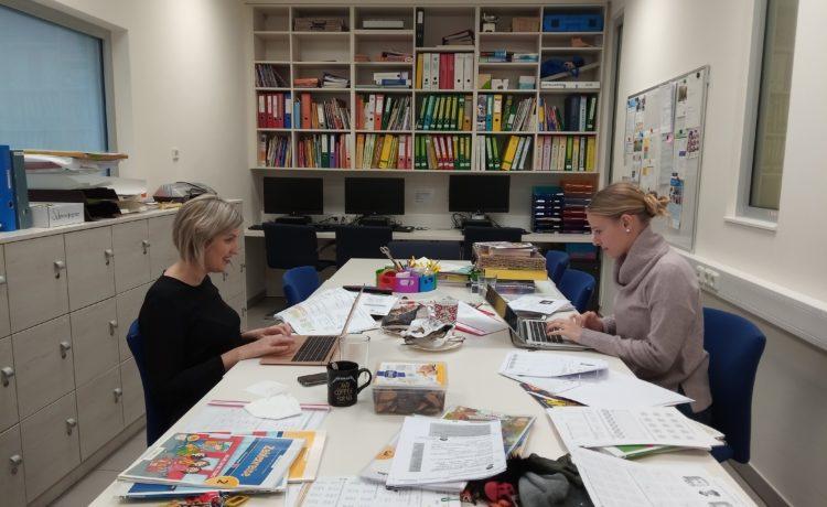 Distance Learning, Betreuung und viel Arbeit für uns alle